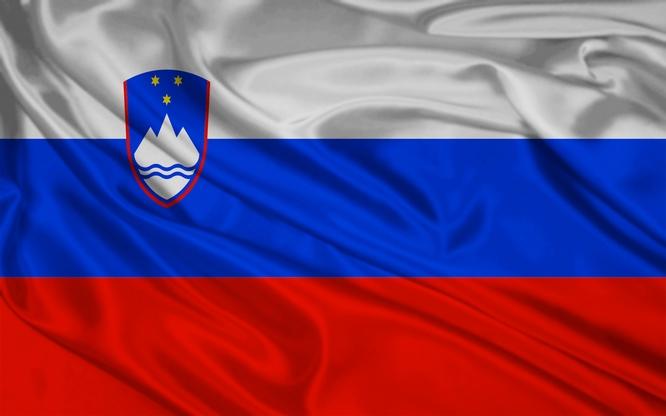 Slovinsko - vlajka 640
